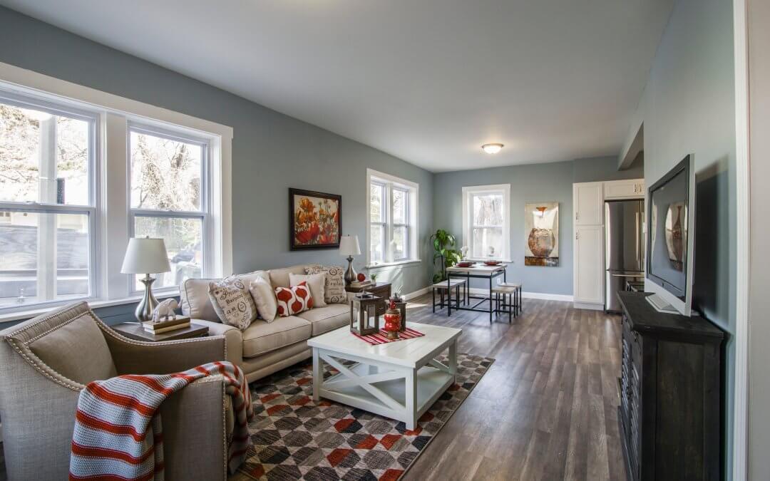 nice living room with beautiful decor